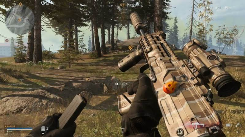 Image of warzone gameplay reloading mp7